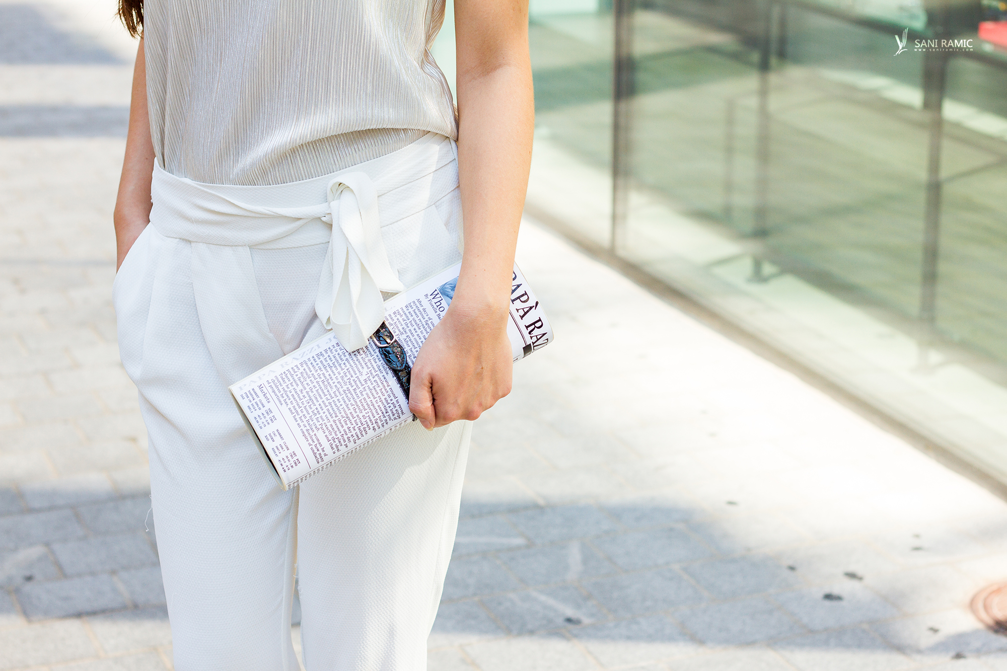 WhiteHighwaistTrousersPaperBagClutch